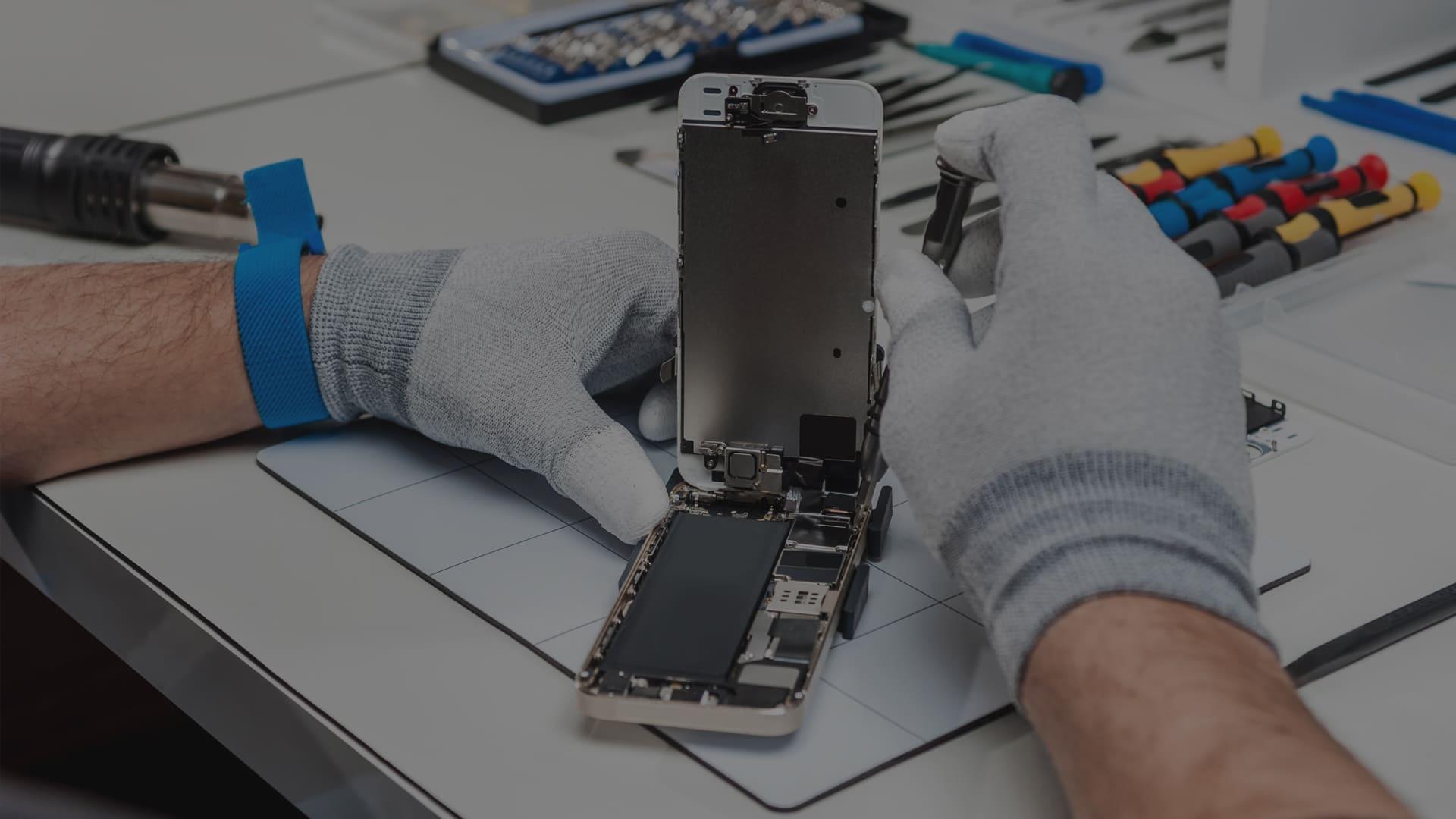 10 основных сложностей при ремонте Iphone